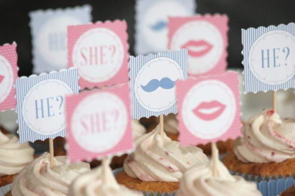 Cupcakes with Printed Logos